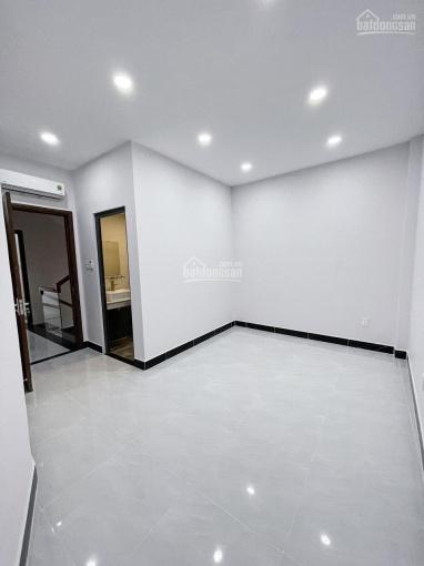 Bán nhà HXH đường Hòa Hảo, quận 10 ảnh 0
