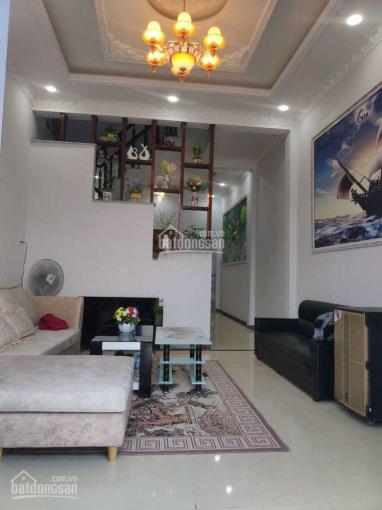 Bán nhà đường Thích Quảng Đức, diện tích 49.2m2 (sổ hồng cá nhân, hẻm thông, 2 lầu) ảnh 0