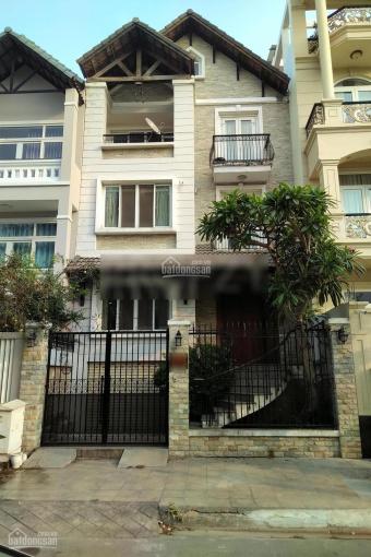 Cho thuê nhà 7x20m, 6PN, 7WC, có hầm oto, khu biệt thự Lương Định Của. Giá: 40tr/th - 0972668842 ảnh 0