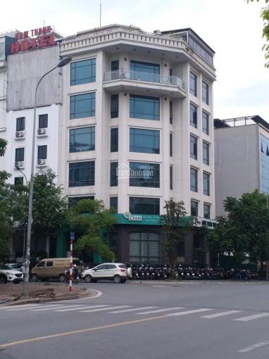 Cho thuê nhà Nguyễn Khánh Toàn 84m2 * 6 tầng, thông sàn có thang máy, MT 10m, giá thuê 45tr ảnh 0