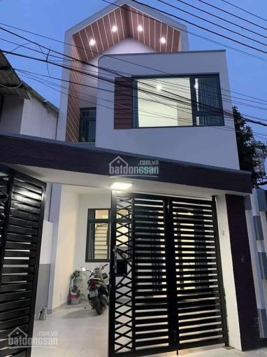 Bán gấp căn nhà 1 lầu 1 trệt Chánh Phú Hòa, Bến Cát giá 1,2 tỷ, sổ sẵn, đường 5m ảnh 0