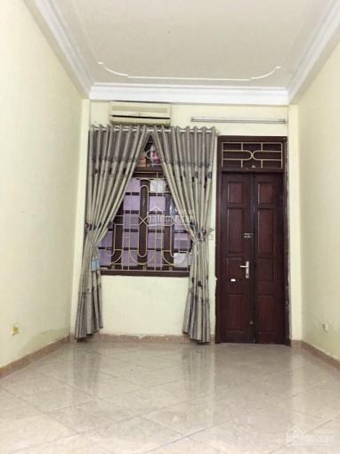 Cho thuê nhà Nguyễn Khánh Toàn Dt 32m2x5T, 3 PN, nhà đẹp giá 11 tr/tháng ảnh 0