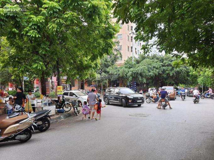 Chính chủ cần bán nhà ngã 4 Phúc La, Mậu Lương, HĐ. 5t với DT 33m2 MT 4m, ô tô đỗ cổng, giá 3,05 tỷ ảnh 0