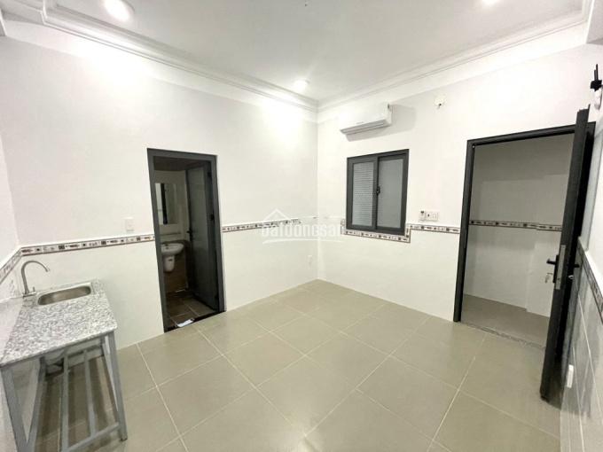 Cho thuê phòng trọ Quận Tân Bình 20m2 có cửa sổ ảnh 0
