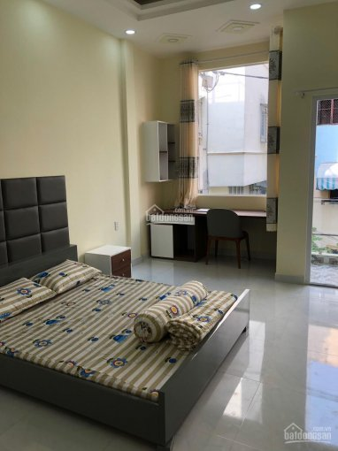 Cho thuê nhà phố Phạm Ngũ Lão, Quận 1, 3PN, đủ nội thất, ban công to, sân thượng lớn ảnh 0