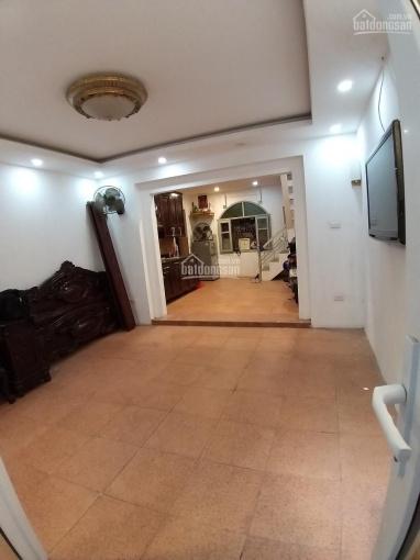 Ảnh thật - Cho thuê nhà ngõ 81 Nguyễn Thái Học 42m2, 3 tầng, 3 ngủ, bếp, khách. Full nội thất ảnh 0