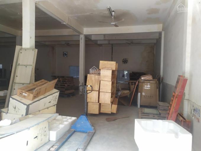 Cho thuê nhà kho 300m2 có sân đậu xe công, xe tải, chỗ nhập hàng, nhà kho mới, P Tân Kiểng, Quận 7 ảnh 0
