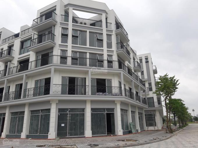 Bán shophouse đẹp nhất đường Nguyễn Xiển, vị trí rất đắc địa mặt tiền 24m, đất 240m2, vip The Manor ảnh 0