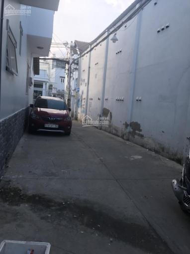 Cần bán gấp nhà HXH xe hơi đậu được trong nhà Huỳnh Tấn Phát, phường Phú Thuận, Quận7 ảnh 0