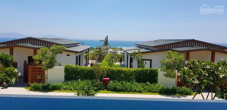 Gia đình có 2 căn biệt thự Lux Movenpick Villa Resort Cam Ranh cần bán ảnh 0