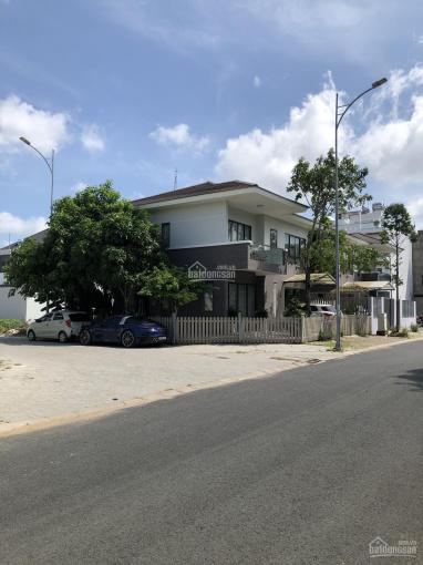 Cần bán nhà biệt thự góc Nam Long đối diện hồ nước DT 167m2. H ĐN giá bán 9.9 tỷ, vị trí đẹp ảnh 0