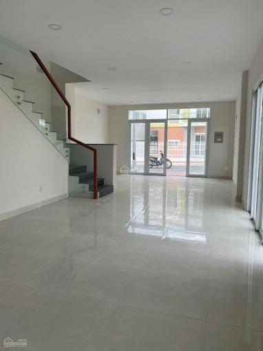 Bán nhà riêng mới xây phường Mỹ Phước, 1 trệt 1 lầu căn góc kinh doanh thuận lợi ảnh 0