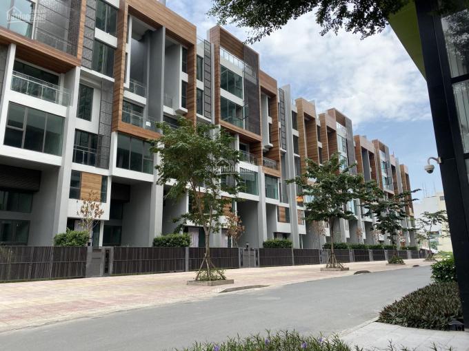 Chính chủ cần bán 2 căn shophouse Đồng Văn Cống, Quận 2. LH: 0983855542 ảnh 0
