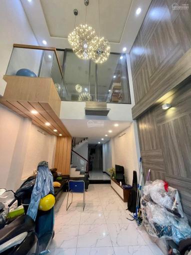 Nhà 4.05x16.72m 3 lầu HXH Nhiêu Tứ, Phú Nhuận - Gần Công An Phường 7 ảnh 0