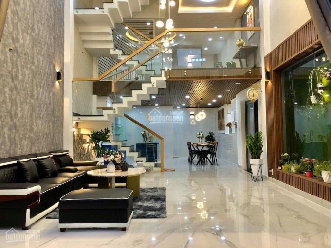 Bán nhà mặt tiền kinh doanh đường Lê Hồng Phong, phường 2, quận 10, DTSD 150m2, 4 tầng, giá 11.5 tỷ ảnh 0