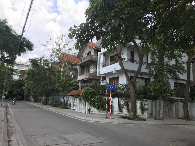 Biệt thự mặt hồ Tây đường Quảng An, 254m2 giá 550tr/m2. LH xem nhà: 0984.922.983 (zalo 24/7) ảnh 0