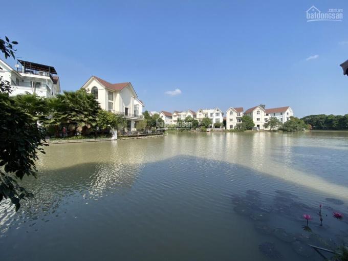 Bán biệt thự Hoa Phượng 4, 235m2, 25.5 tỷ, HT nội thất Châu Âu, sân vườn đẹp, view sông rộng ảnh 0
