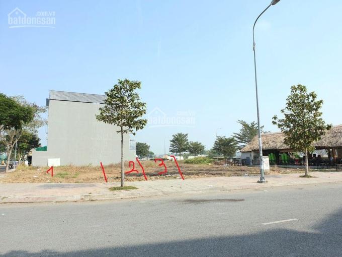 Bán đất thổ cư gần chợ Đức Hòa, DT 5x20, Sổ hồng sẵn, lô góc + lô thường liền kề ảnh 0