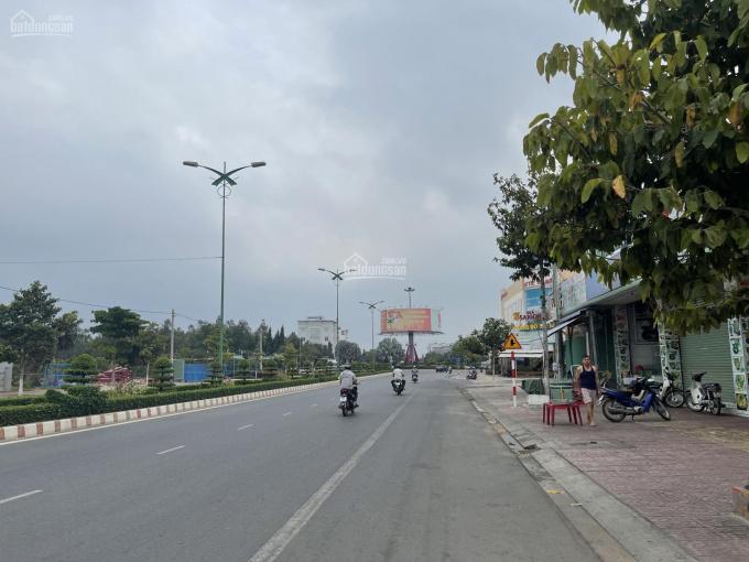 Bán lô góc 2 mặt tiền đường Hùng Vương - Phan Thiết ảnh 0