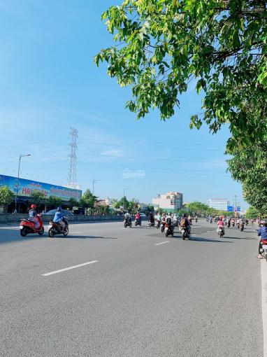 Tin được không! Chỉ 44tr/m2 sở hữu căn nhà nát ngay trục đường Số 9 - Phạm Văn Đồng (6 x 25m) ảnh 0