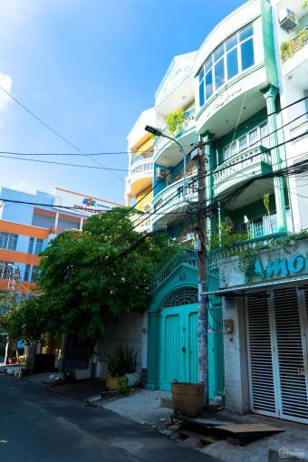 Bán nhà 2 mặt tiền thoáng mát, hẻm xe hơi 8m đường Nguyễn Kiệm, P4, Q. Phú Nhuận ảnh 0