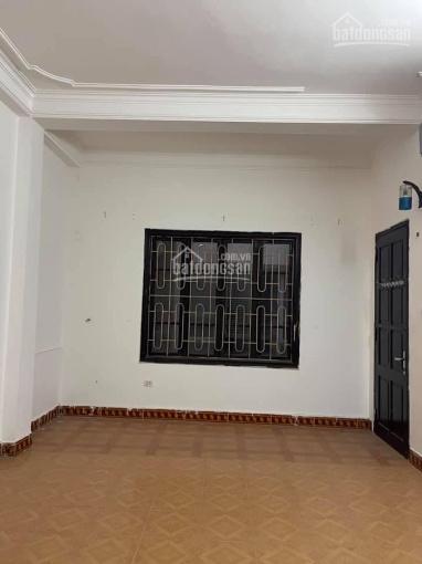 Nhà đẹp SĐCC lô góc 3 mặt Nguyễn Chí Thanh ô tô 7 chỗ đỗ cửa chỉ 8 tỷ 6. LH 0348582 ảnh 0