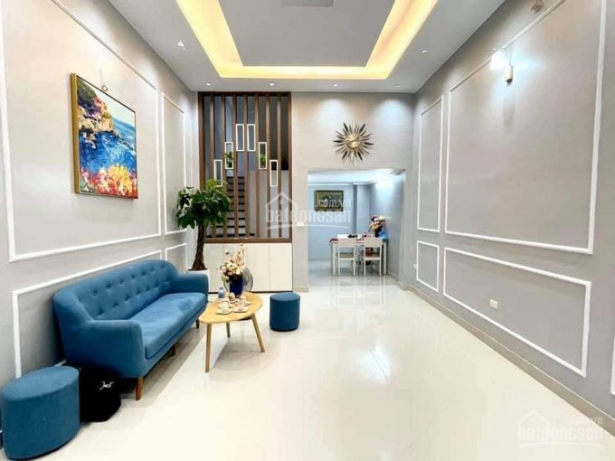 Nhỉnh 3 tỷ Nguyễn Khánh Toàn, nhà mới ở ngay, vị trí cực đẹp, nội thất đầy đủ, sổ nở hậu ảnh 0