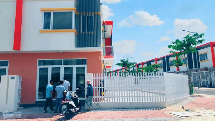 Chính chủ gửi bán nhà phố EcoHome 2 - Ecolakes Mỹ Phước, hỗ trợ vay ngân hàng 70% ảnh 0