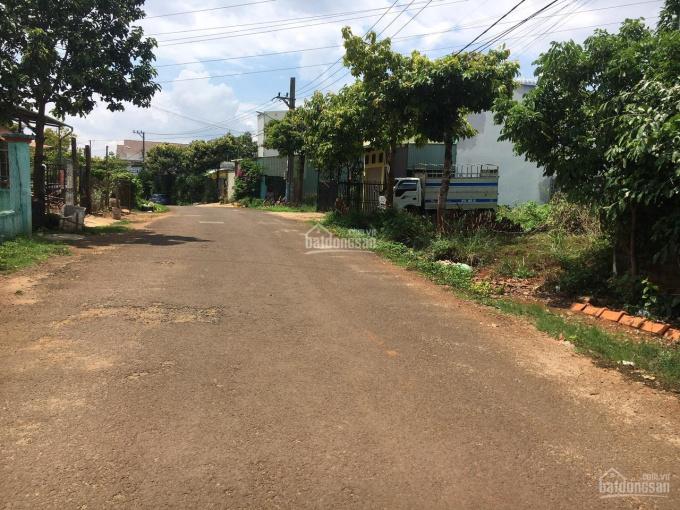 Chính chủ cần bán đất mặt tiền Nguyễn Trung Trực, P. Hội Phú, PleiKu, LH 0975323538 ảnh 0