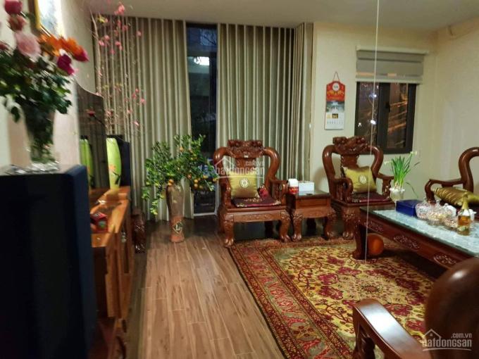 Dịch Covid cần tiền bán rẻ nhà ở Nguyễn Trãi - gara để được 2 ô tô - mặt tiền lớn - nhà đẹp ảnh 0