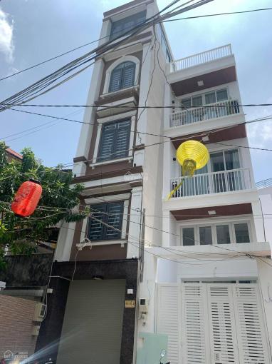 Bán gấp nhà đường Lê Thị Riêng, 33m2, 4 tầng BTCT, 4PN, phường Phạm Ngũ Lão, Quận 1, giá rẻ ảnh 0