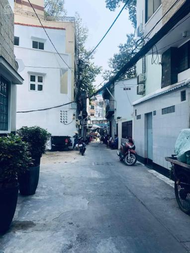 Nhà cũ tiện xây mới - HXH lý thuyết thông với Bùi Thị Xuân - Phường Phạm Ngũ Lão - Quận 1 ảnh 0
