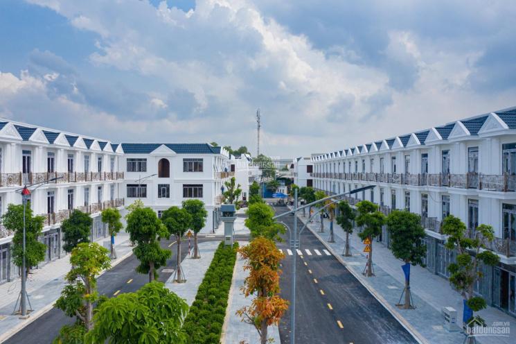 Nhà phố xây sẵn 1 trệt 2 lầu thành phố Dĩ An, SHR, thanh toán 450 triệu (10%) sở hữu ngay ảnh 0