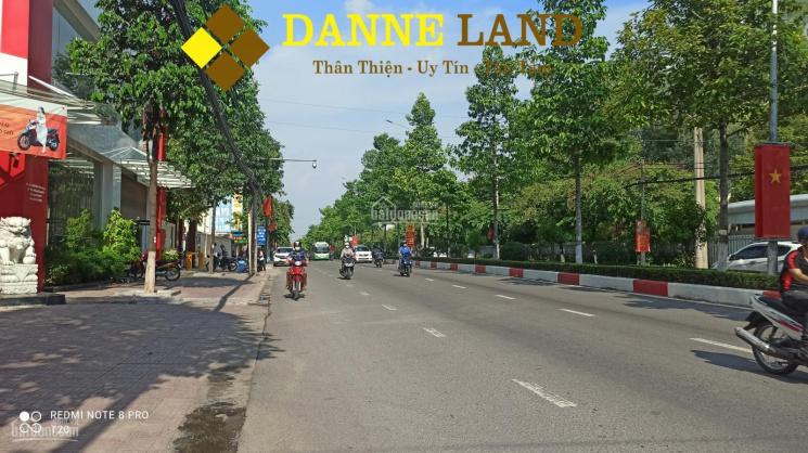 Bán nhà mặt tiền đường Đồng Khởi, gần BVĐK Đồng Nai, chỉ 13,5 tỷ ảnh 0