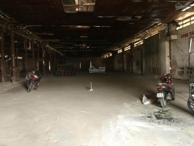 Cho thuê kho xưởng 2000m2 MT Nguyễn Văn Quỳ, Quận 7 ảnh 0