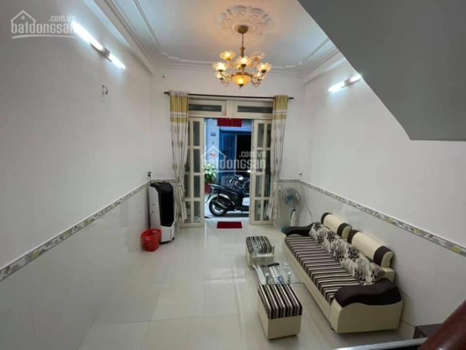Cần tiền, bán gấp nhà HXH phường 15, Tân Bình 34m2, giá 3,7 tỷ ảnh 0