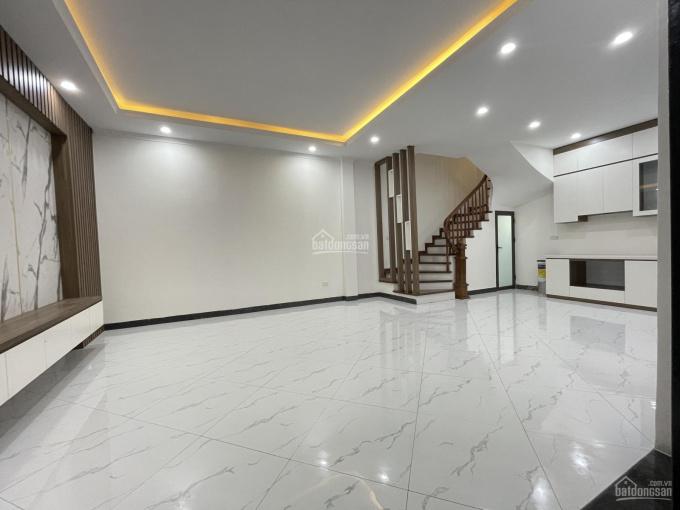 Chính chủ cần bán gấp nhà đẹp 46m2 x 5 tầng ngõ 164 Vương Thừa Vũ, ngõ thông. LH 0983406***
