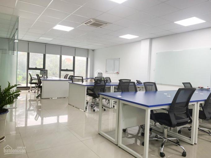 """Biệt thự văn phòng """"mới"""" cho thuê 7*20m, hầm, 3 lầu, thang máy, chỉ 75 triệu, LH: 0933.745.397 ảnh 0"""