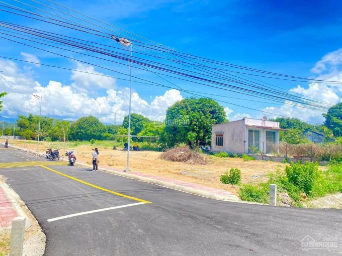 Bán đất nền thổ cư cách thị trấn Cam Đức, Cam Lâm 5p di chuyển, sổ đỏ thổ cư 100% ảnh 0