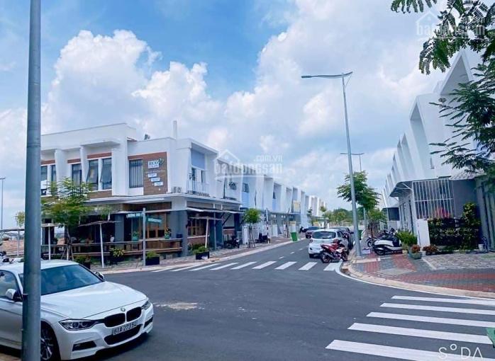 Giáp chủ cần bán nhanh căn nhà phố Ecolakes Mỹ Phước vị trí đẹp giá tốt nhất thị trường ảnh 0