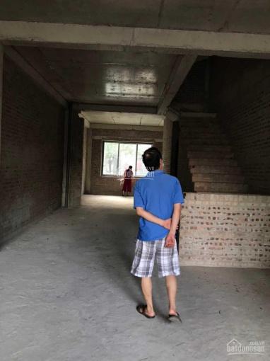 Biệt thự liền kề trung tâm quận Thanh Xuân, 4 tầng, 1 hầm, 1 tum, gara oto, sổ đỏ chính chủ ảnh 0