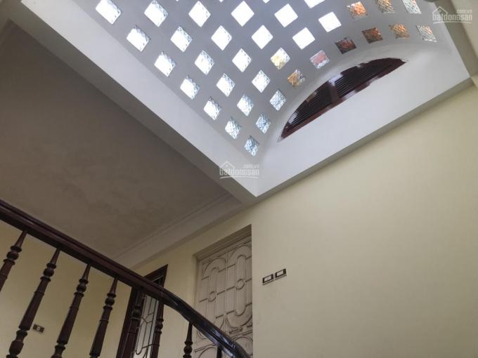 Cho thuê nhà phân lô Đầm Trấu 60m2 x 4.5 tầng, MT 5.1m, 19 tr/tháng, hướng Đông, tầng chia 2 phòng ảnh 0