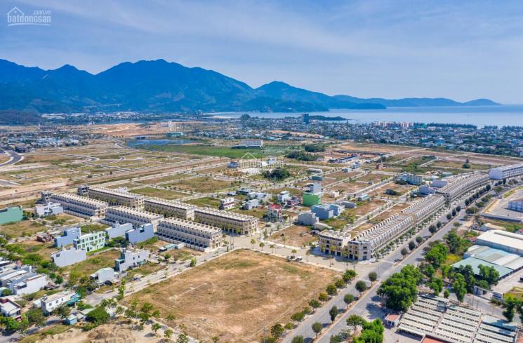 Lô góc 2 mặt tiền diện tích lớn mặt tiền 19m đường rộng kề khu công nghiệp và cảng biển Liên Chiểu ảnh 0