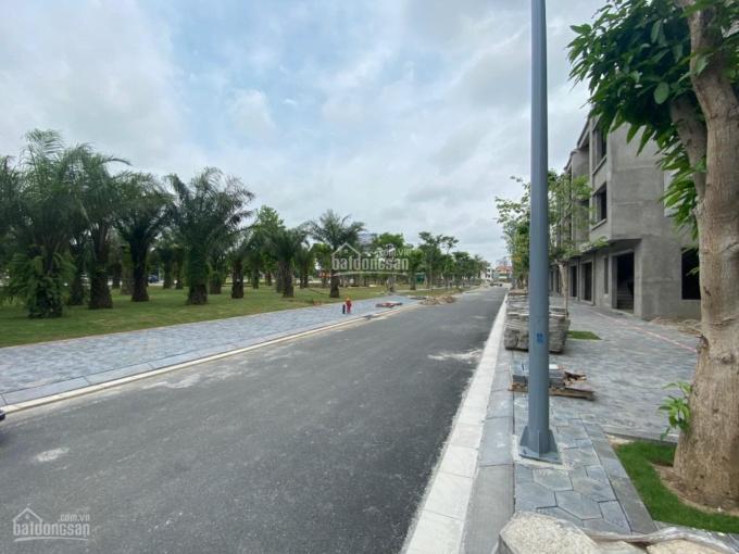 Bán nhà phố góc đối diện quảng trường dự án Ecorivers LH: 0989139590 ảnh 0