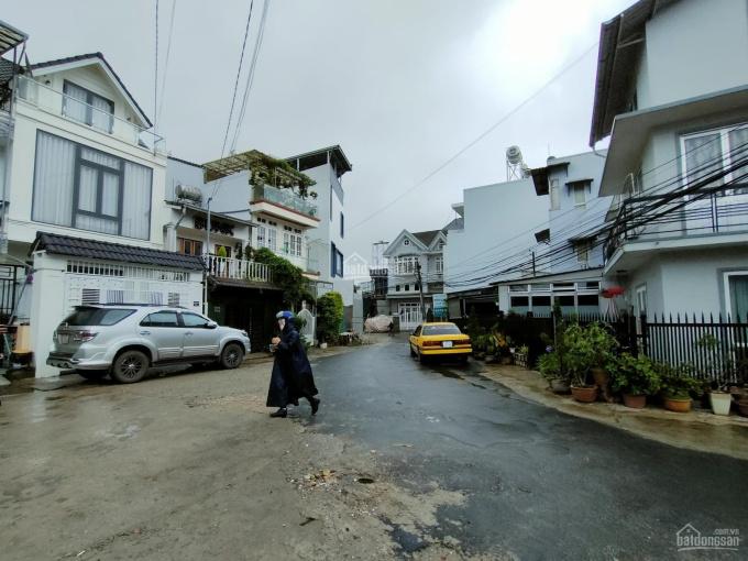Bán ngôi nhà thiết kế siêu đẹp nằm trong các khu nghỉ dưỡng Đà Lạt, P. 10, Yersin giá chỉ 9 tỷ ảnh 0