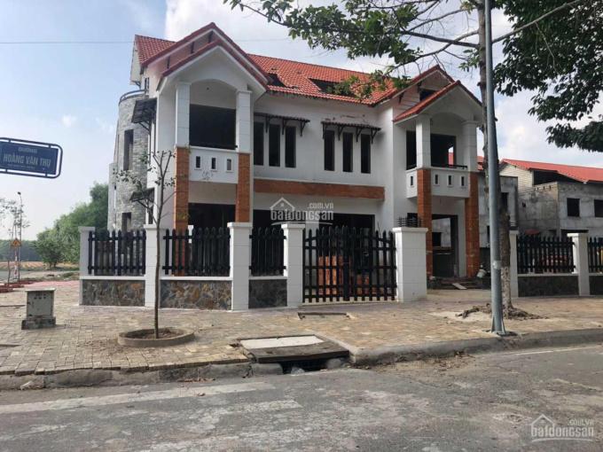 Hạ giá mạnh bán gấp biệt thự song lập, ngay vòng xoay huyện Nhơn Trạch, lô góc Samco, đã hoàn công ảnh 0