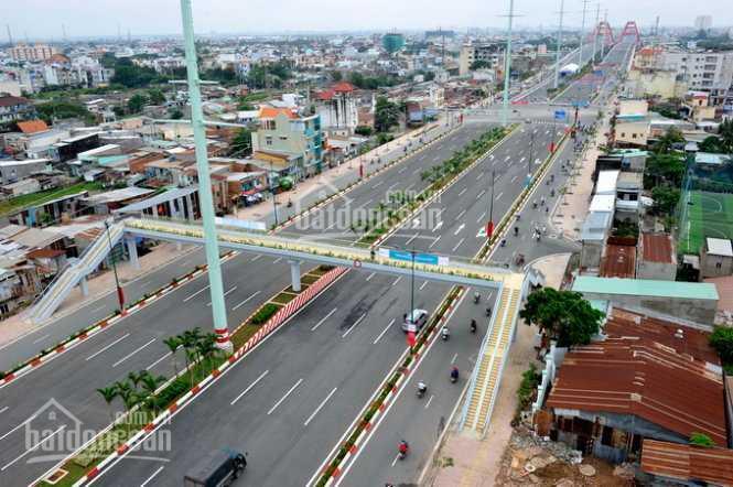 Bán nhà 3 mặt tiền đại lộ Phạm Văn Đồng, quận Gò Vấp, 42x40m, GPXD 1 hầm, 12 lầu, giá 230 tỷ TL ảnh 0