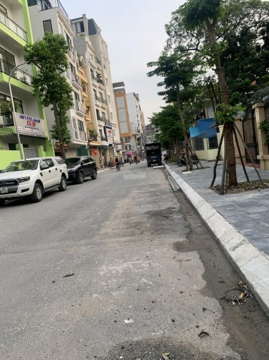 Bán nhà mặt phố Võng Thị view Hồ Tây ngõ 5 ô tô tránh diện tích 120m2 5 tầng mặt tiền 10m,13,5tỷ ảnh 0