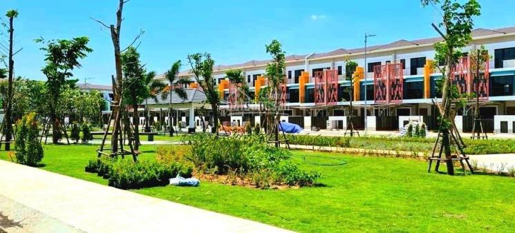 Cơ hội duy nhất sở hữu nhà phố cao cấp Sun Casa Central Vsip II Tân Uyên Bình Dương giá CĐT ảnh 0