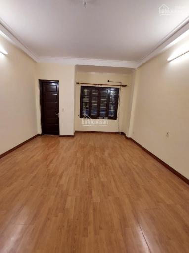 Cho thuê nhà ngõ Lý Nam Đế, DT 55m2 x 4 tầng, giá 21tr/th ảnh 0